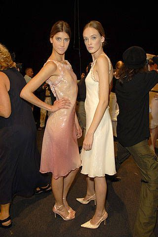 Valentin Yudashkin Spring 2007 Ready-to-wear Backstage 0001
