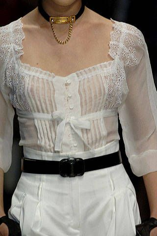 Valentin Yudashkin Spring 2007 Ready-to-wear Detail 0001