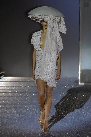 Hussein Chalayan Spring 2007 Ready-to-wear Collections 0001