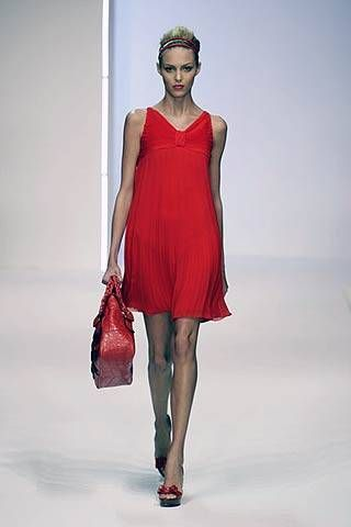 Valentino Spring 2007 Ready-to-wear Collections 0001