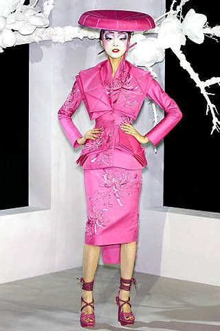 Christian Dior Spring 2007 Haute Couture Collections - 001