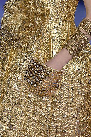 Christian Lacroix Spring 2007 Haute Couture Detail - 001