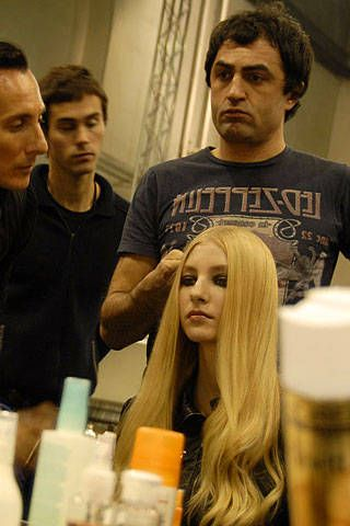 Givenchy Spring 2007 Haute Couture Backstage &#45&#x3B; 001