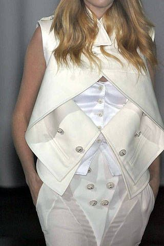 Givenchy Spring 2007 Haute Couture Detail - 001
