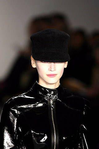 AbaetÃ{{{copy}}} Fall 2007 Ready-to-wear Detail - 001