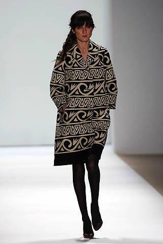 Nicole Miller Fall 2007 Ready&#45&#x3B;to&#45&#x3B;wear Collections &#45&#x3B; 001