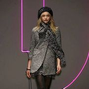 DKNY Fall 2007 Ready-to-wear Collections - 001