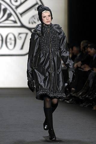 Anna Sui Fall 2007 Ready-to-wear Collections - 001