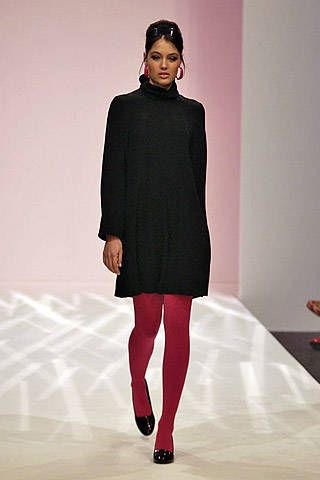 Caroline Charles Fall 2007 Ready&#45&#x3B;to&#45&#x3B;wear Collections &#45&#x3B; 001