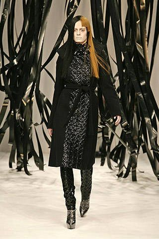 Gareth Pugh Fall 2007 Ready-to-wear Collections - 001