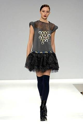 Tata Naka Fall 2007 Ready-to-wear Collections - 001