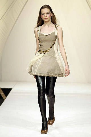 Bora Aksu Fall 2007 Ready-to-wear Collections - 001