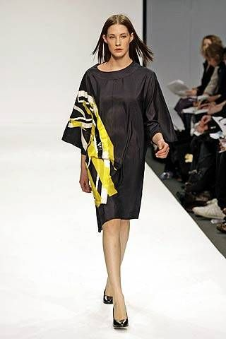 Central St. Martins Fall 2007 Ready-to-wear Collections - 001