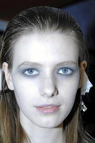 Aquascutum Fall 2007 Ready-to-wear Backstage - 001