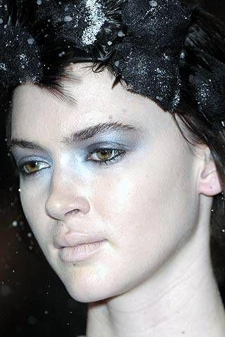 Ashley Isham Fall 2007 Ready-to-wear Detail - 001
