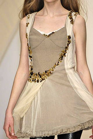 Bora Aksu Fall 2007 Ready&#45&#x3B;to&#45&#x3B;wear Detail &#45&#x3B; 001