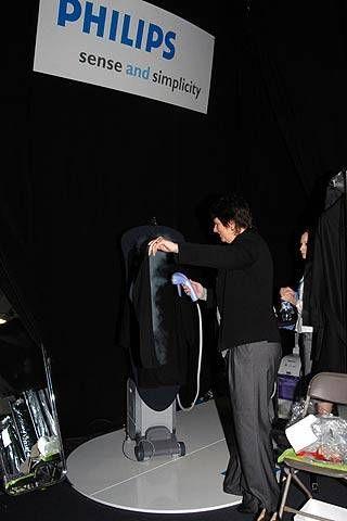 Hamish Morrow Fall 2007 Ready-to-wear Backstage - 001