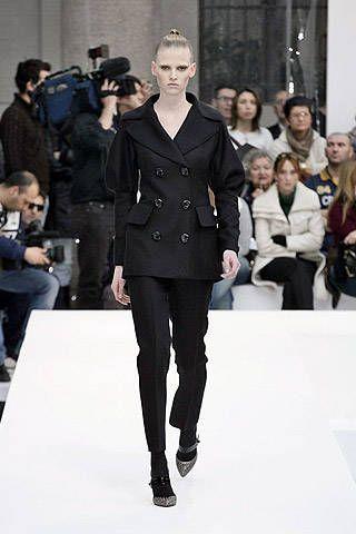 Alberta Ferretti Fall 2007 Ready-to-wear Collections - 001