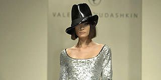 Valentin Yudashkin Fall 2007 Ready-to-wear Collections - 001