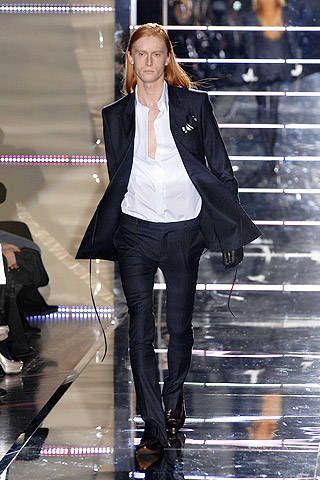 Gianfranco Ferre Fall 2007 Ready-to-wear Collections - 001