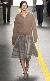 DKNY Fall 2002 Ready-to-Wear Collection 0002