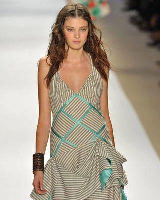 schoolgirl style on the runway