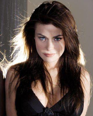 Carmen Electra brunette