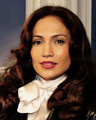 Jennifer Lopez brunette
