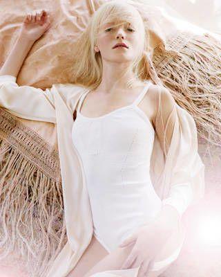 pale colors spring fashion