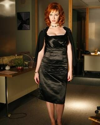 Hairstyle, Dress, Shoulder, Joint, Style, Formal wear, One-piece garment, Red hair, Fashion, Waist,