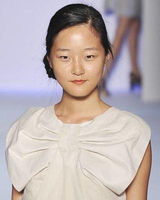 Hyoni Kang Model