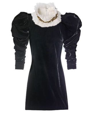 Rose Anne de Pampelonne collar and H&M dress