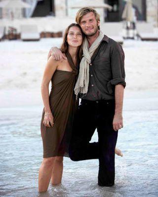 Human body, Shoulder, Photograph, Standing, Facial expression, Interaction, Honeymoon, Vacation, Travel, Love,