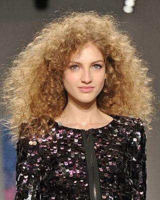 Tibi Fall 2010 Hair