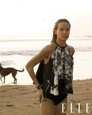 Sleeve, Human body, Dog breed, Photograph, Mammal, Summer, Dog, Carnivore, Vacation, Beauty,