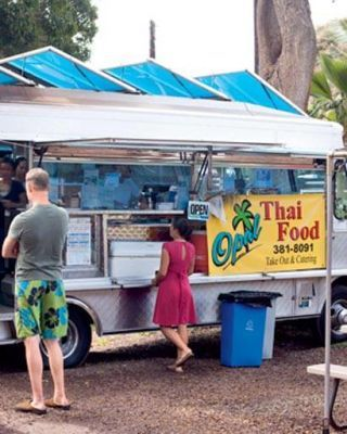 Opal Thai truck on the North Shore
