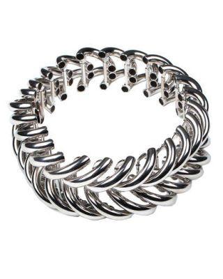 White, Style, Pattern, Black-and-white, Monochrome photography, Jewellery, Monochrome, Circle, Metal, Body jewelry,