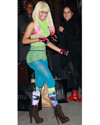 Clothing, Footwear, Outerwear, Pink, Fashion, Boot, Active pants, Thigh, Street fashion, Leggings,
