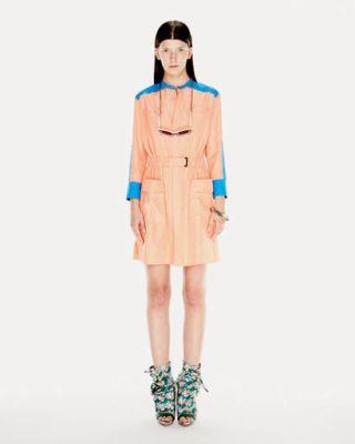 Clothing, Sleeve, Shoulder, Style, Knee, Fashion model, Fashion, Dress, Street fashion, Fashion show,