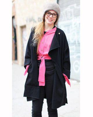 Sleeve, Collar, Textile, Outerwear, Street fashion, Fashion, Winter, Jacket, Overcoat, Academic dress,