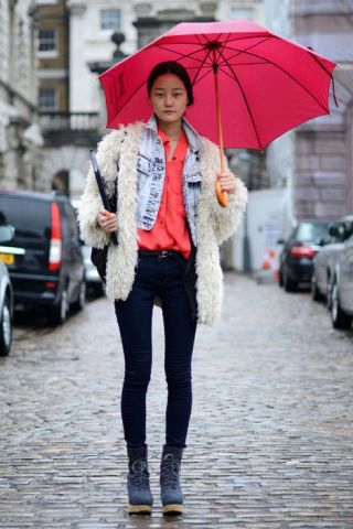 Clothing, Product, Winter, Textile, Umbrella, Outerwear, Street, Denim, Jacket, Street fashion,