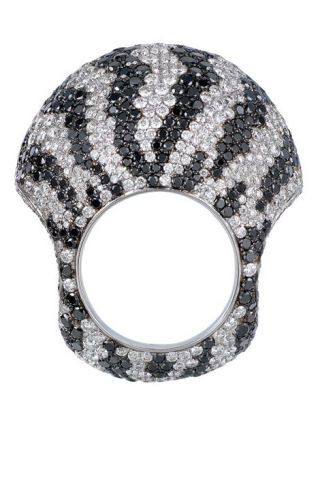 Black-and-white diamond ring, Jacob & Co