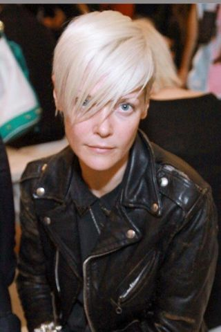 Cheek, Jacket, Hairstyle, Outerwear, Style, Bangs, Leather, Leather jacket, Fashion, Cool,