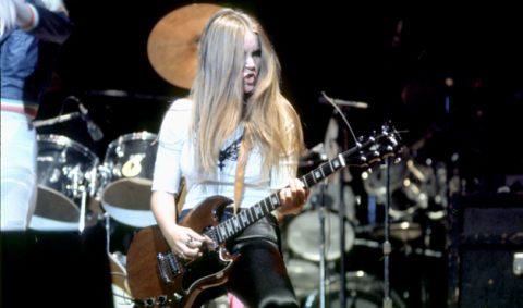 The 12 Greatest Female Electric Guitarists