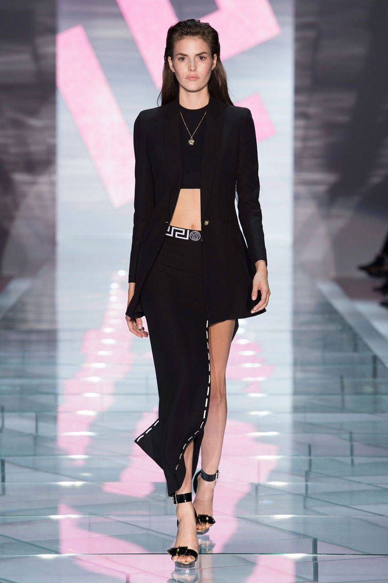 Versace Collections - Versace Runway Show Archive ea73eae577f47
