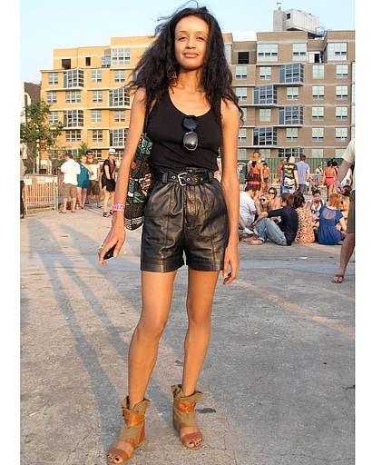 Clothing, Footwear, Brown, Joint, Human leg, Denim, Style, Street fashion, Thigh, Fashion model,