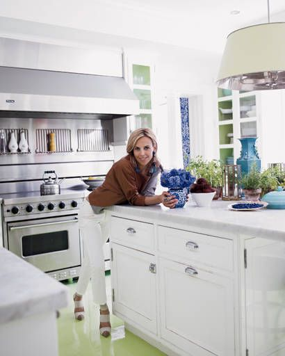 entertaining - Tory Burch in her kitchen