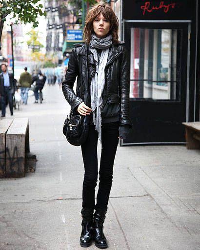 Clothing, Human body, Jacket, Textile, Outerwear, Street, Style, Street fashion, Boot, Urban area,