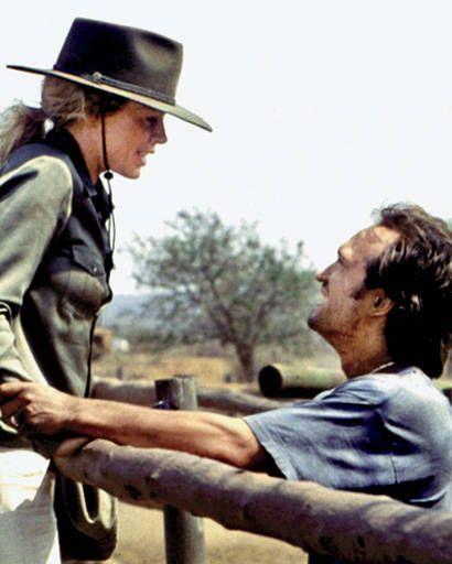 Kim Basinger and Vincent Perez in I Dreamed of Africa, 2000