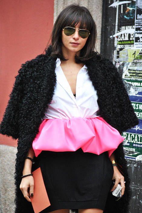 Clothing, Eyewear, Vision care, Sleeve, Textile, Outerwear, Sunglasses, Style, Fashion accessory, Street fashion,